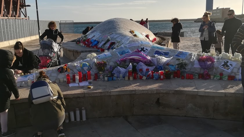 Adiós a Gabriel en el 'pescaíto' más grande de Almería