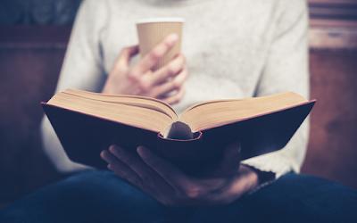 3個技巧學會用更少時間,吸收更多的讀完一本書