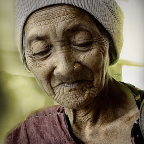 Crafted by time by Rodel Cabantac - People Portraits of Women ( rodel, d3100, old woman, nikon, portrait )