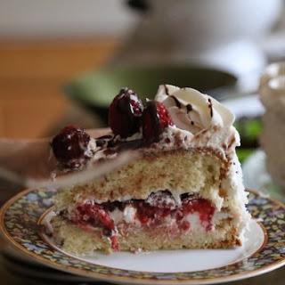 Raspberry Sponge Cake.