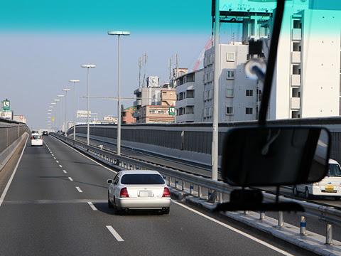 南海バス「サザンクロス」酒田線 まもなく大阪市内