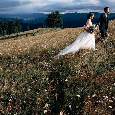 Wedding photographer Vadim Pastukh (Petrovich-Vadim). Photo of 15.03.2018
