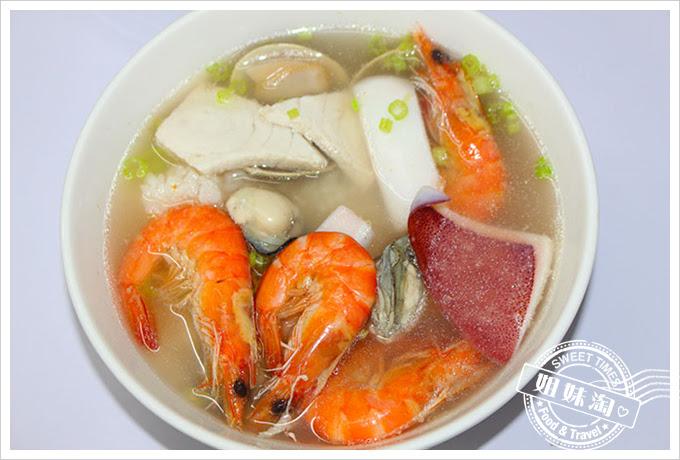 一碗質樸鮮味海產粥