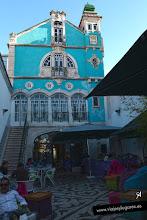 Photo: Este es el mismo edificio visto por detrás. El modernismo o Arte Nova, llego de la mano de una burguesía colonial que se dedicó al comercio y a la industria.