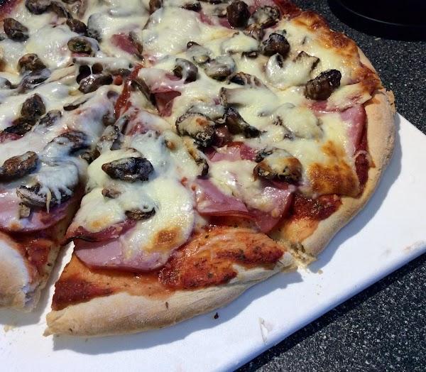 Quick Homemade Pizza Sauce Recipe