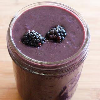 Karlie Kloss's Breakfast Smoothie