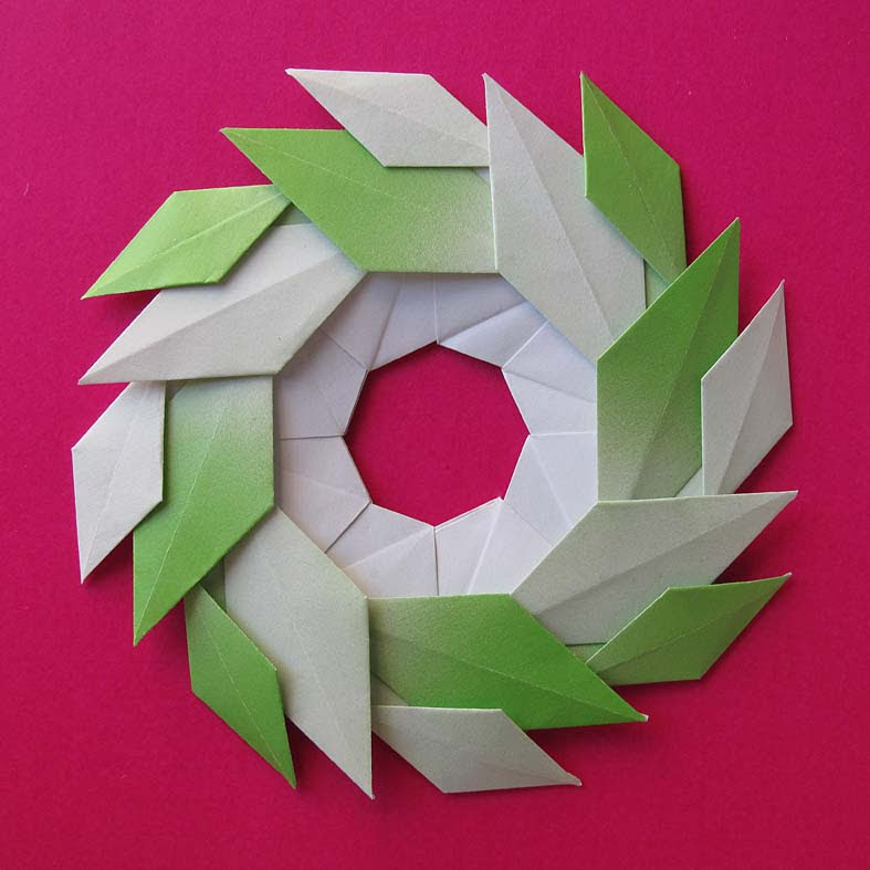 Origami modulare, Ghirlanda di foglie - Garland of Leaves by Francesco Guarnieri