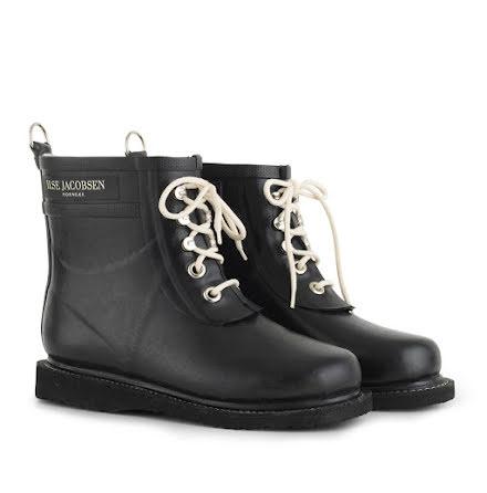 Ilse Jacobsen short rubberboots black