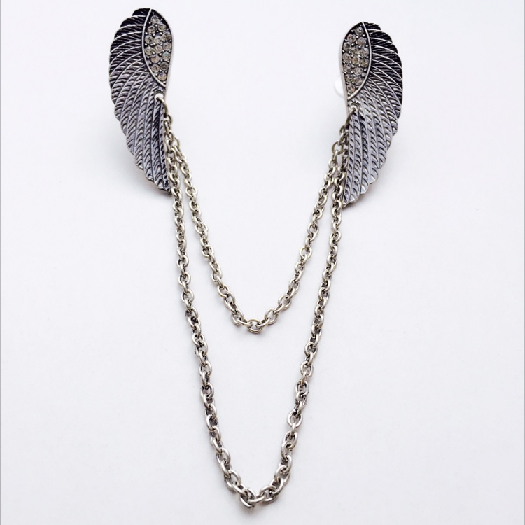 S. Cupid 's Wing Collar Brooch