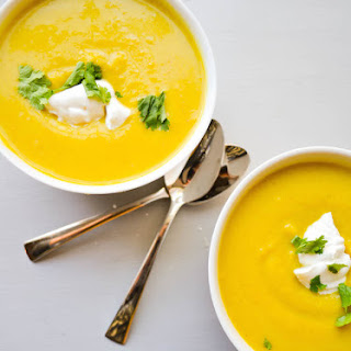 Curry Roasted Acorn Squash Soup