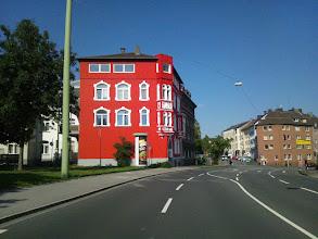 """Photo: Demnächst war das dahinterliegende Gebäude """"dran""""."""