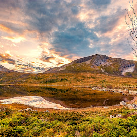inland water of Hildre valley by Terøya Foto - Landscapes Mountains & Hills ( inland water, hills, hiking, montains )