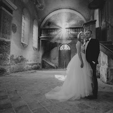 Wedding photographer Tomasz Mosiądz (VintageArtStudio). Photo of 12.08.2017