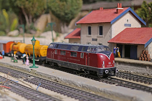 Gare train miniature parc de loisir carpentras