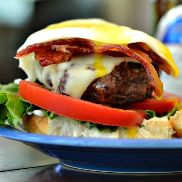 Egg Burger With Bacon And Chipotle May Recipe