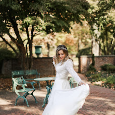 Wedding photographer Tatyana Katkova (TanushaKatkova). Photo of 25.10.2017