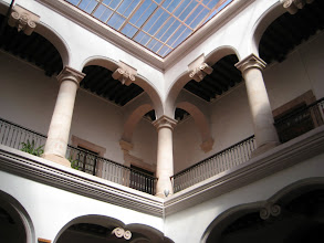 Photo: Museum interior showing a typical interior courtyard common to Spanish houses.
