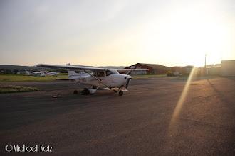 Photo: NRO får seg en velfortjent hvil etter å ha blitt fløyet fra Praha og hjem igjen på én dag