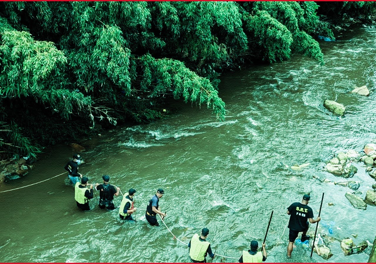 Meghalaya Has INSAS Rifles In its Rivers. Guess How?