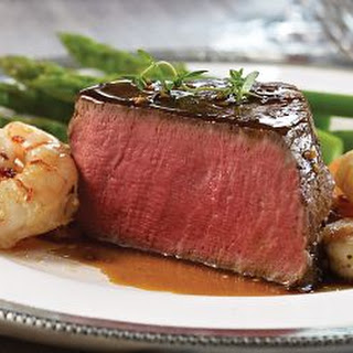 Filet Mignon with Shrimp, Asparagus and Hollandaise Sauce Recipe