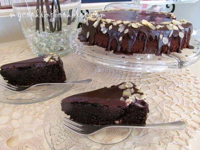 Шоколадов сладкиш (без глутен) с печено какао