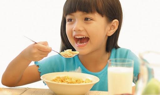 carbohydrate-trong-che-do-an-cua-tre-nho-co-vai-tro-nhu-the-nao