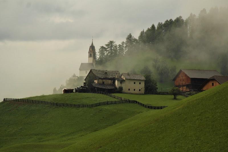La nebbia agli irti colli ...... di Gp