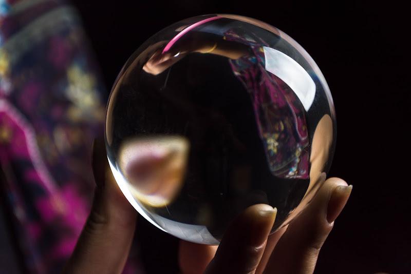 La sfera di cristallo di Pi_M_Pi