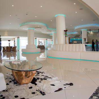 tapis de peau vache réception onhotel