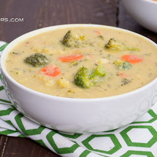 Vegan Broccoli Cheese Soup (#SundaySupper)