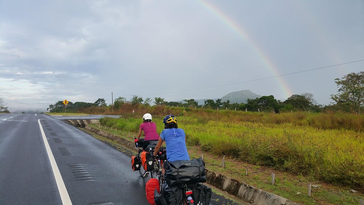 Ciclando con arcoiris