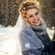 Wedding photographer Valeriy Kukushkin (Freeman76). Photo of 11.04.2014