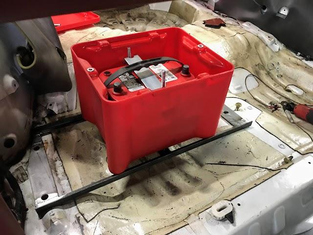 Battery box on a custom tray