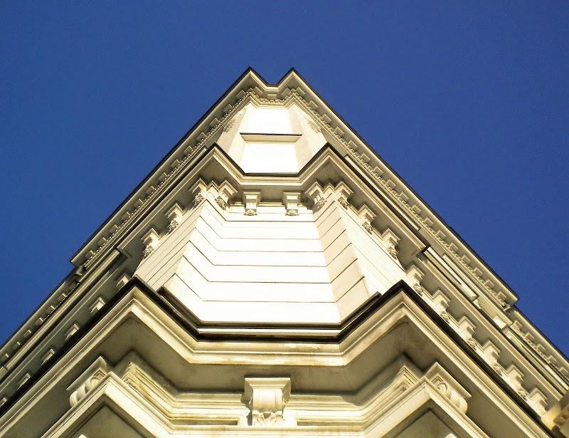 Simmetria neoclassica  di legrand