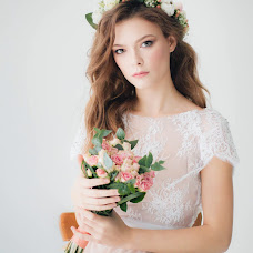 Wedding photographer Nadya Naumova (nnaumova23). Photo of 25.04.2018