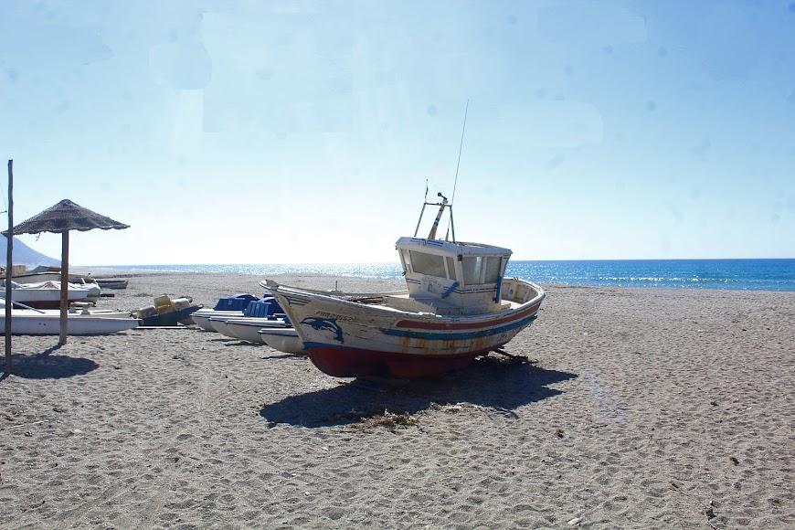 Parque Natural Cabo de Gata-Níjar, playa de las Salinas.