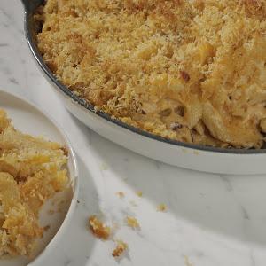 Mario Batali's Moist and Crunchy Mac and Cheese