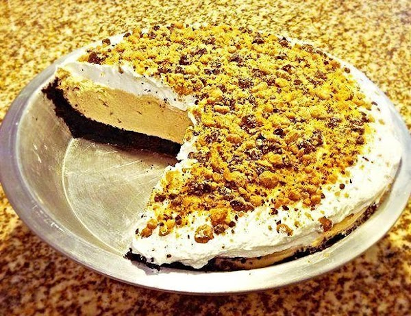 Awesome Peanut Butter Pie Recipe
