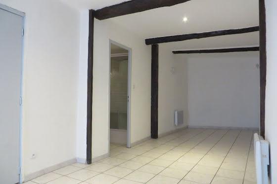 Location studio 28,84 m2