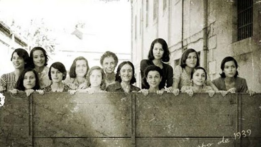 \'Las 13 Rosas\', en la película de Emilio Martínez Lázaro.