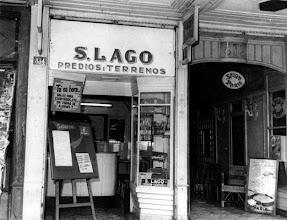 Photo: Imobiliária S. Lago. Localizava-se na Rua do Imperador. Foto sem data