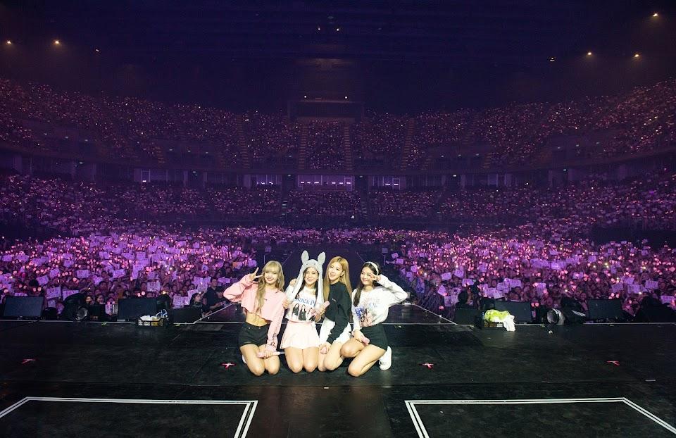 4-applewood-BLACKPINK-Concert-Bangkok-Thailand-Day-1-1 (1)
