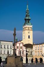 Photo: Kościół Wniebowzięcia NMP i słup mariański z 1710 r.