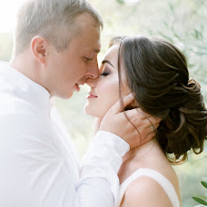 Wedding photographer Anastasiya Krivenok (april1). Photo of 20.11.2017