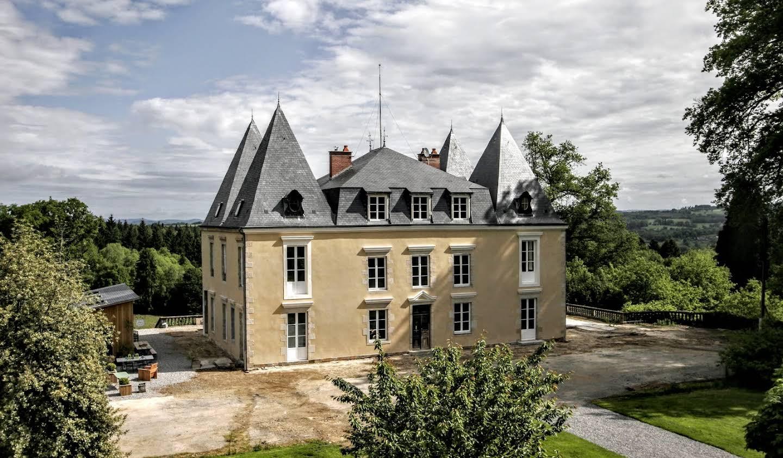 Château Châteauneuf-la-Forêt