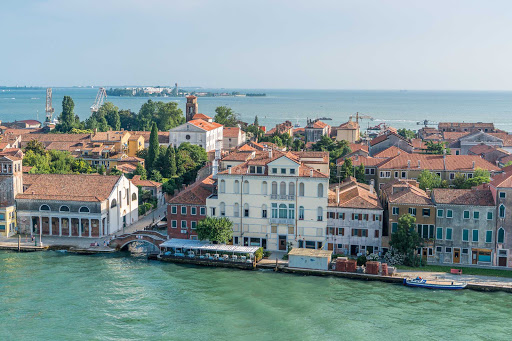 venice-waterfront.jpg - Buildings along one of the more scenic stretches of waterfront in Venice, Italy.