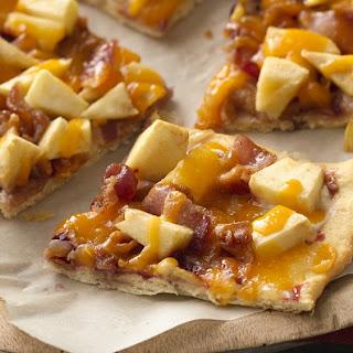 Apple Bacon Breakfast Flatbread