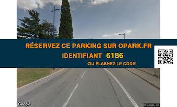 parking à Gattières (06)