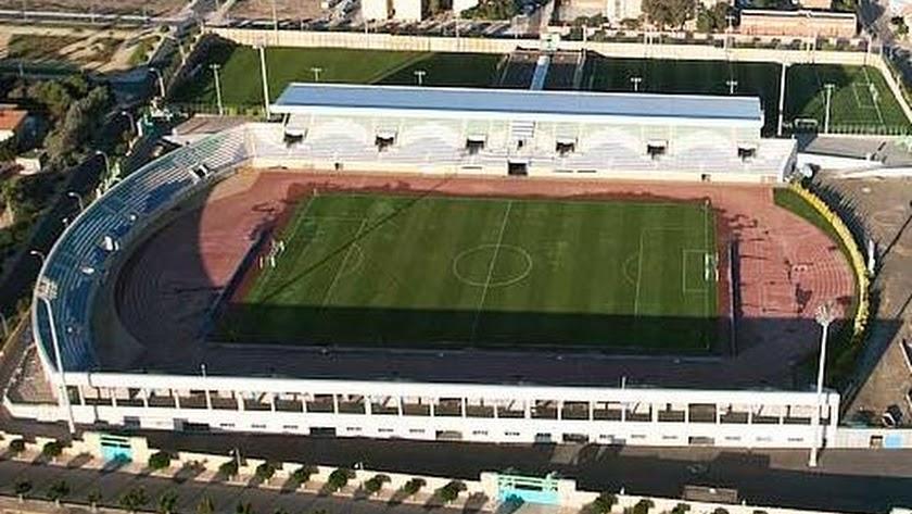 El Anexo de Santo Domingo tendrá nuevo césped artificial.