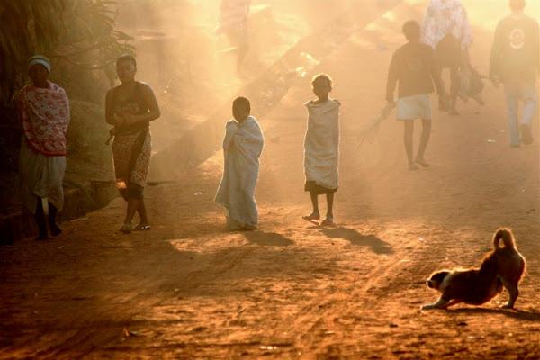Molteplicità all'alba di lhara